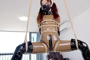 Cute Latex girl dove  rope bondage first try