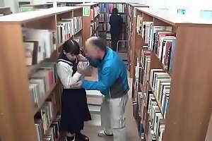 Asiatica en la biblioteca