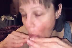 Mature Milf Wife Love's Sucking Cock and Swallowing Cum