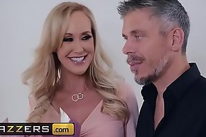 (Abella Danger, Brandi Love, Jessy Jones, Mick Blue) - Neighborly Love Motorbunny Edition - Brazzers