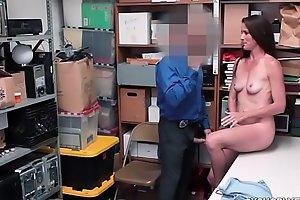 Sexy milf gets fucked like a spreadeagle as she spread her legs!