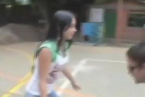 JOVENCITA apuesta su Vigen CULO por unas ensestadas /// Video completo -- xxx   short.pe/hO0xS