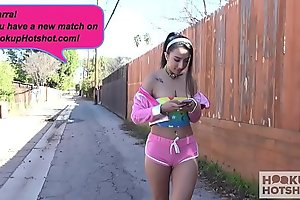 Gorgeous teen Kiarra Kai gets pounded hard by online hookup
