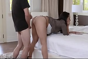 Stepmom With Huge Ass Gets Plunged on hott9.com