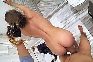 Gold Digging Teen Gets Fucked