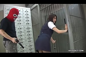 Robbers use Stockholm syndrome to creampie the bank teller