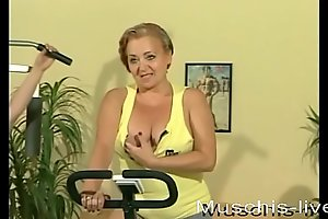 3 MILFs do lesbian sex fro the gym