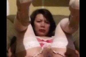 UN VIDEO DE MUESTRA ABRIENDOME EL CULO Y MI CHUCHA