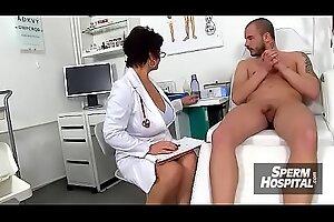 捷克医生女儿科科(Koko)手淫十几岁的青少年