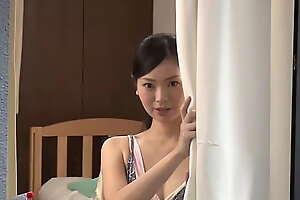 向かいの部屋の窓から覗く巨乳美女の着替え姿に見とれていると、偶然ラッキーエロ、そして porn まさか!?