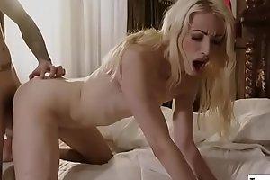 TS beauty Sasha rides Ruckus hard cock